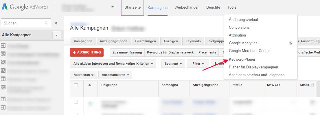 Unbedingt für die Keyword--Analyse einsetzen, sollte man den Google AdWords Keyword Planer